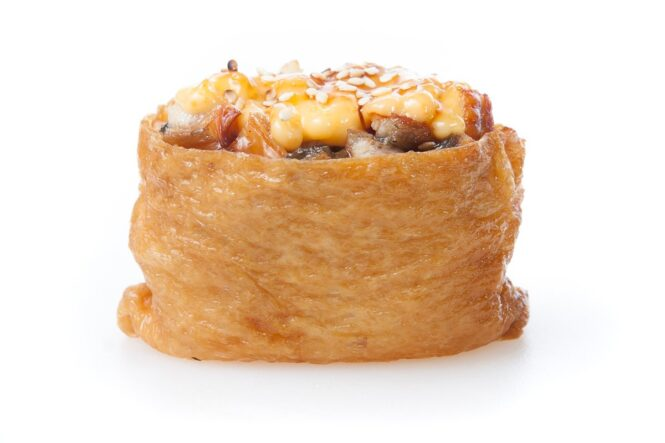 Inari shitaki pähkli kastmega