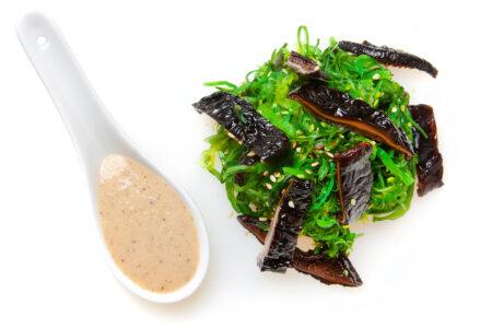 Merevetika salat